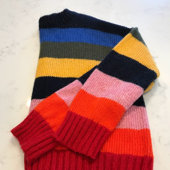 bf19b122dd UO Kari Rainbow Oversized Sweater. M 5b2d5dd4de6f62eaf4694f6f